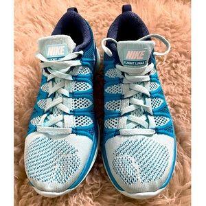 Womens Nike Flyknit Lunar2 Sneakers